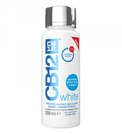 CB12 White Bain de Bouche 250Ml
